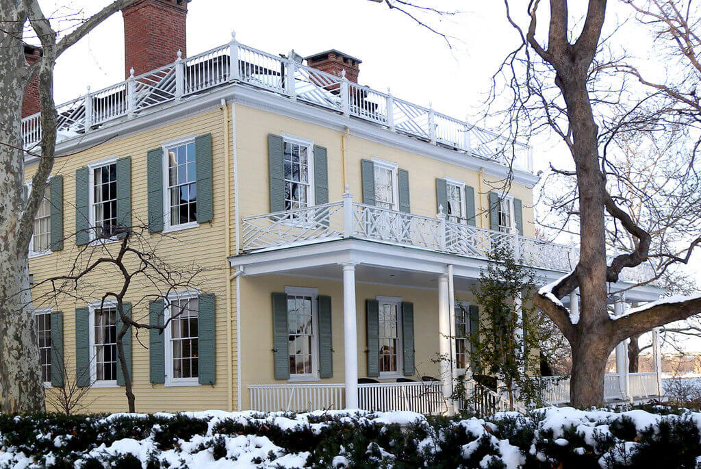 Gracie Mansion in NYC Soundproof Windows